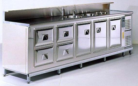 Arredamento ristoranti milano arredamento bar e for Arredamento pasticceria prezzi
