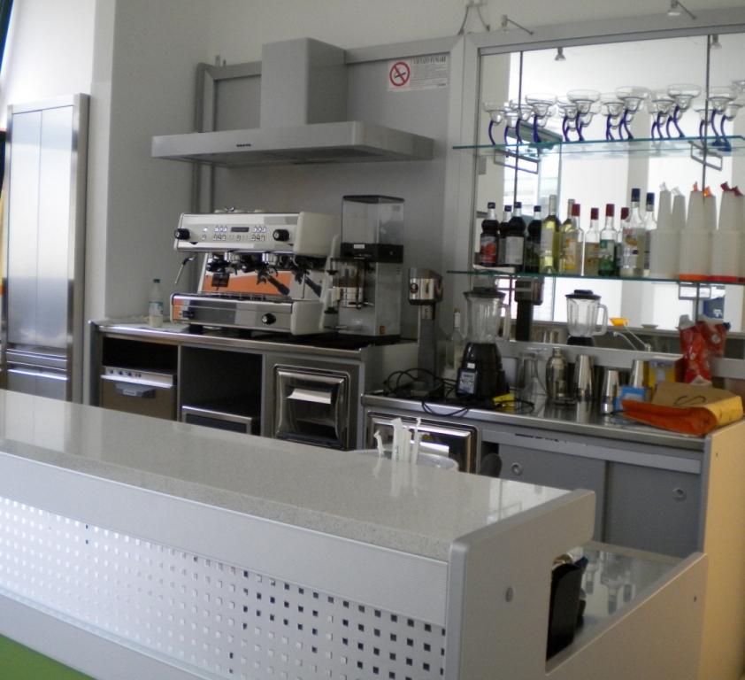 Arredamento ristoranti milano arredamento bar e for Arredamento bar milano